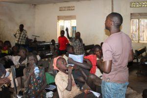 gpjnews_uganda_pl_streetkids_02-3-richard-adresses-the-class_web-620x413